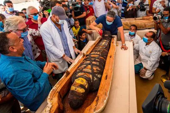 """Ai Cập sắp hé lộ khám phá lớn nhất trong năm ở """"Thành phố của người chết"""""""