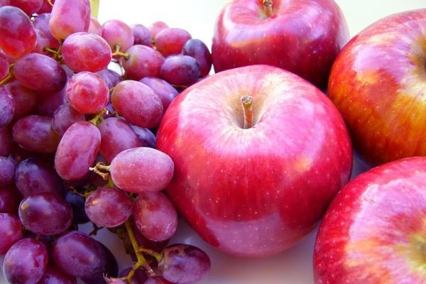 """Nghệ, nho đỏ và táo làm tế bào ung thư tuyến tiền liệt """"chết đói"""""""