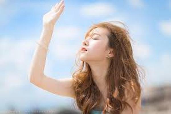 Chuyên gia cảnh báo tắm trắng gây nguy cơ ung thư da