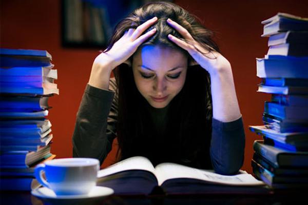 Làm việc ca đêm làm tăng nguy cơ ung thư của phụ nữ