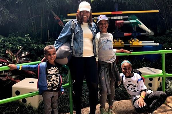 """Phớt lờ những cơn ho nhẹ, bà mẹ 4 con nhận kết quả """"ung thư giai đoạn cuối"""" sau 2 năm"""