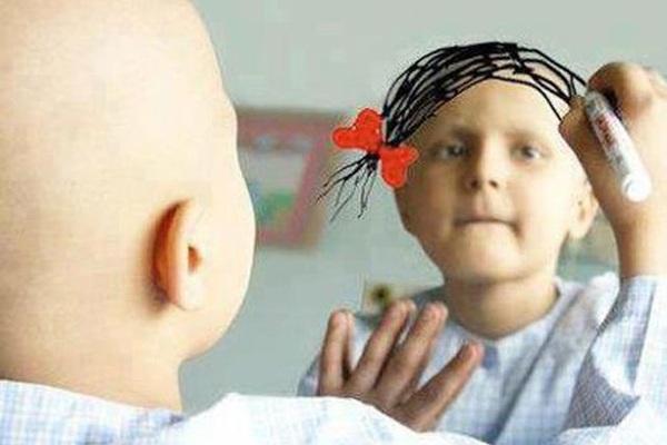 Chăm sóc y tế, thể chất cho bệnh nhân ung thư ngay tại nhà như thế nào?