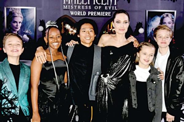 Nhật ký ung thư của Angelina Jolie: Kiến thức chính là sức mạnh