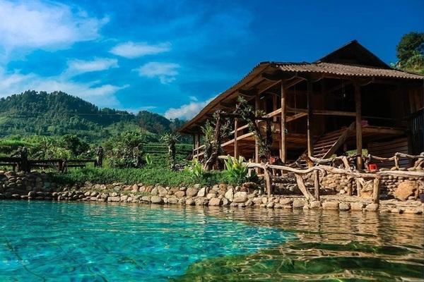 """Thầy giáo bỏ nghề, cải tạo """"vũng nước"""" ven nhà thành """"tiểu Bali"""" thu chục triệu mỗi tháng  Tổ chức không gian phố đi bộ khu vực hồ Hoàn Kiếm và phụ cận từ ngày 1/1/2020 388704854823996255655952082709949128900608 n 1560132473100 1577117153316"""