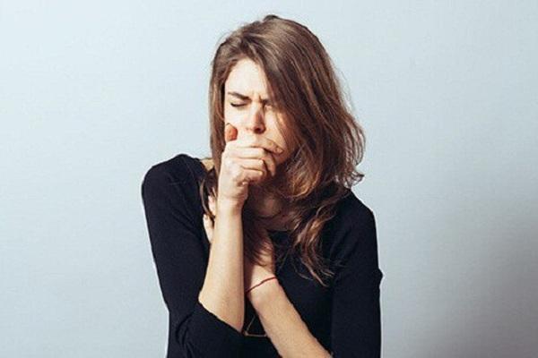 Dấu hiệu cảnh báo sớm ung thư vòm họng, đừng bỏ qua kẻo 'hết cơ hội'