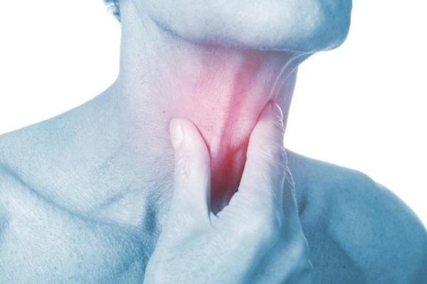 Vết loét và ung thư vòm họng