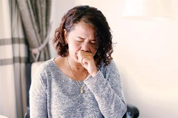 Bỏ qua triệu chứng vặt, người phụ nữ mắc ung thư giai đoạn cuối