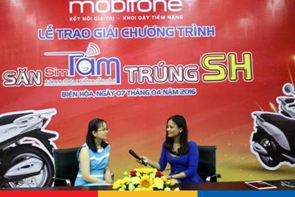 Tưng bừng nhận thưởng xe SH Mode 125cc từ Mobifone