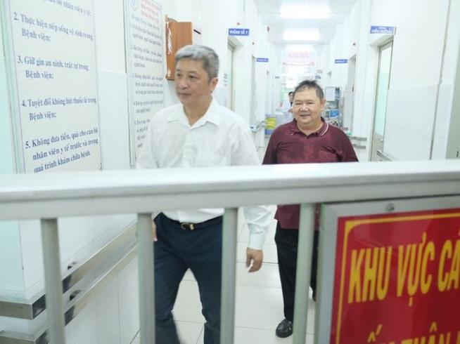 TPHCM:Hai cha con đến từ Trung Quốc dương tính với virus viêm phổi corona
