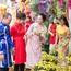 Quán quân Sao Mai Thu Thủy mang cả gia đình vào MV chúc Tết
