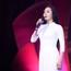 Lương Nguyệt Anh diện áo dài trắng tinh khôi hát mừng sinh nhật Bác