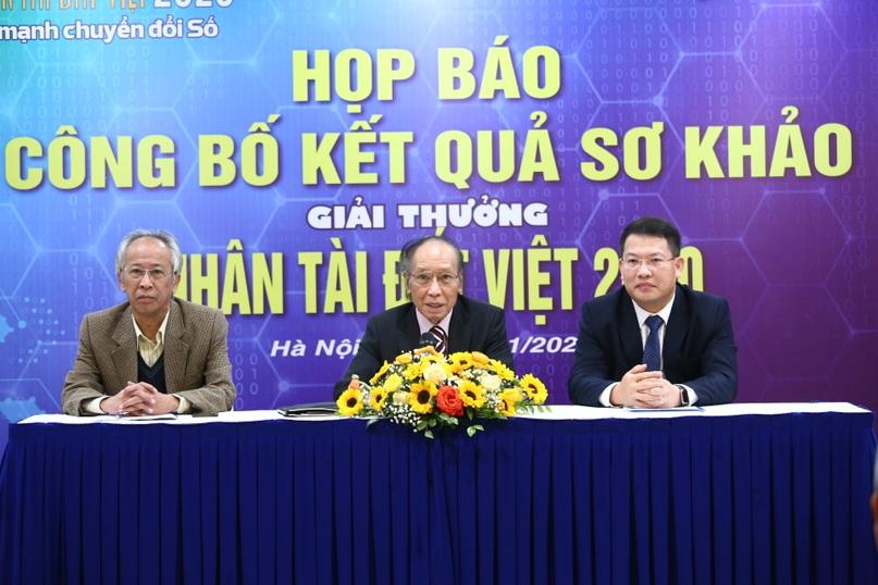 Chung khảo Nhân tài Đất Việt 2020 xướng danh 18 sản phẩm CNTT xuất sắc