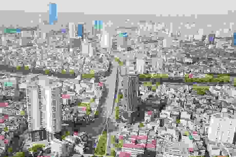 Vốn đổ vào bất động sản đang teo lại, thị trường khó khăn thực sự?