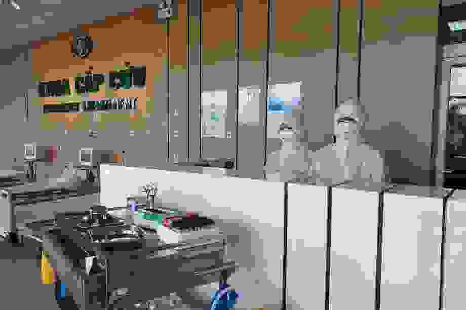 Chuyển 2 ca Covid-19 viêm phổi từ Thái Bình về BV Bệnh nhiệt đới TW