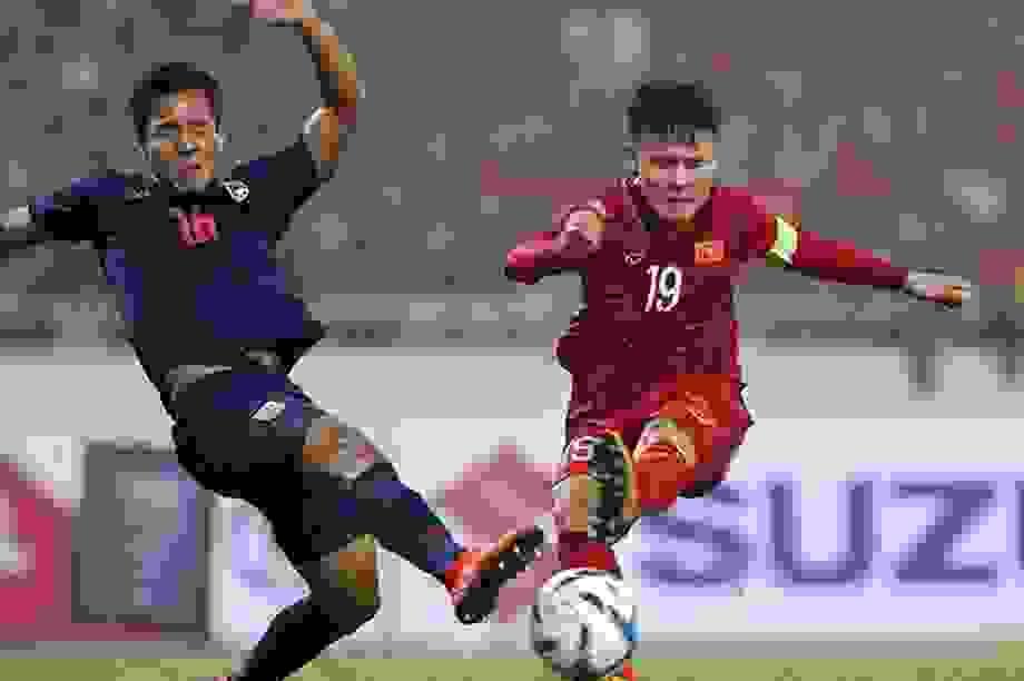 Quy định thay 5 người một trận sẽ có lợi cho HLV Park Hang Seo?