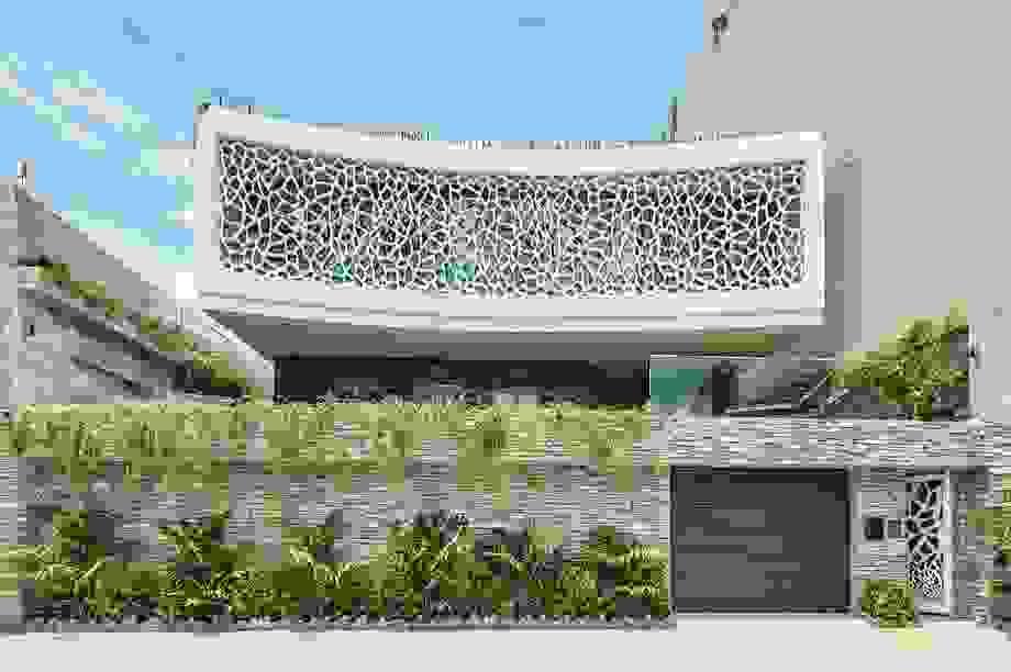 """Biệt thự """"san hô"""" ở Đà Nẵng nổi bật trên báo Mỹ nhờ thiết kế độc lạ"""