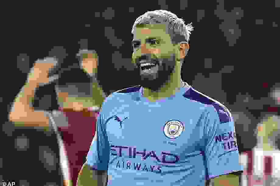 Aguero tiết lộ đến Premier League vì thần tượng Owen