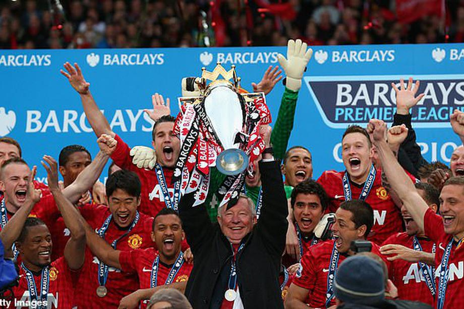 Evra tiết lộ Ferguson nghỉ hưu vì C.Ronaldo và Gareth Bale