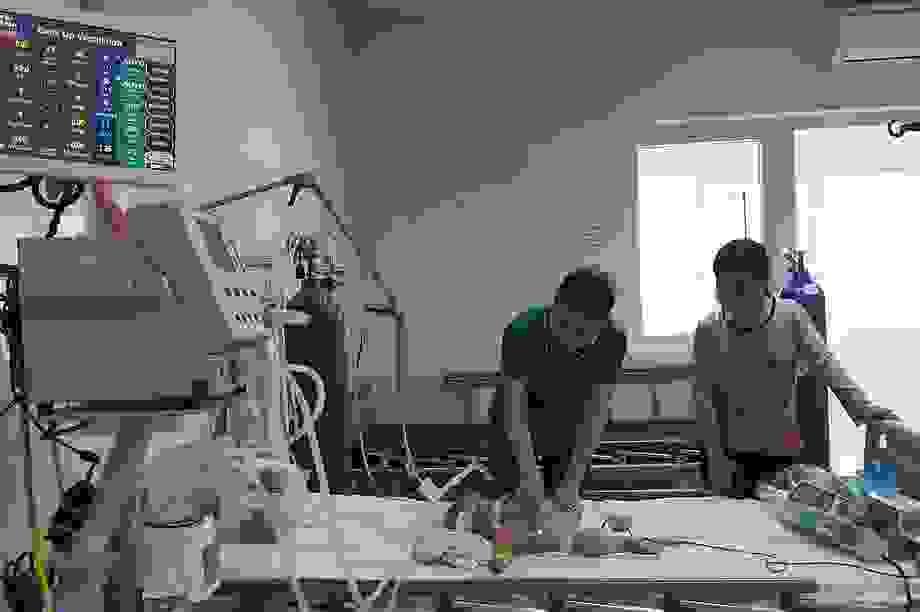 Hai bệnh nhi mắc viêm não Nhật Bản nguy kịch sau sốt
