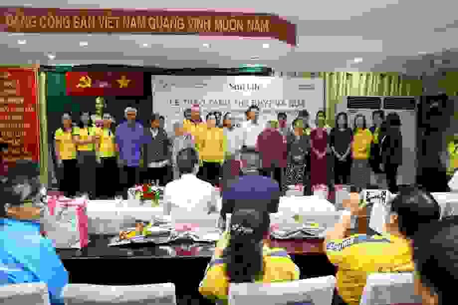 Sun Life Việt Nam đóng góp 1 tỷ đồng vào công tác phòng chống dịch Covid- 19