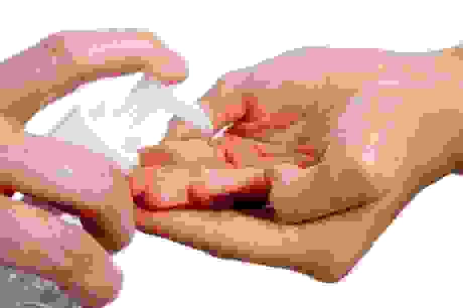 Đình chỉ lưu hành, thu hồi dung dịch kháng khuẩn không đạt chất lượng