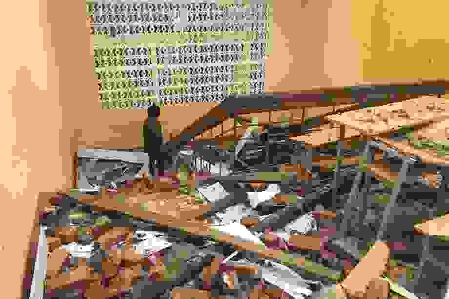 Mưa giông tàn phá hàng nghìn ngôi nhà ở Thái Nguyên