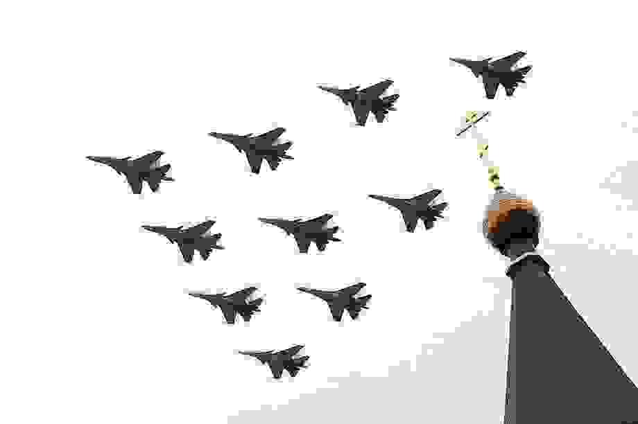 Dàn máy bay Nga phô diễn sức mạnh tại lễ duyệt binh Ngày Chiến thắng