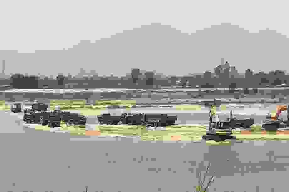 """""""Đại công trường"""" khai thác cát trái phép trên sông Trà Khúc"""