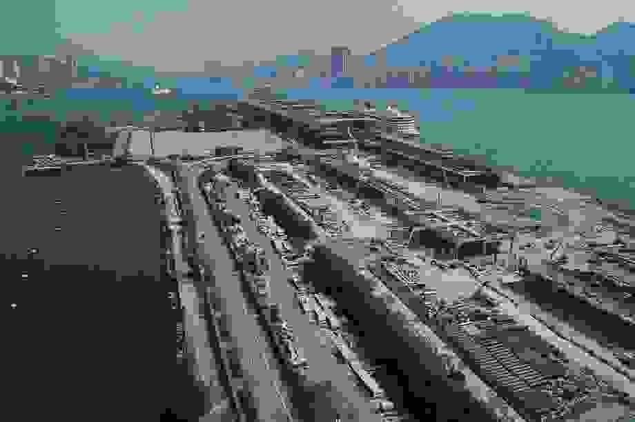Tỷ phú Hồng Kông và phi vụ bán đất sân bay thua lỗ nhất trong lịch sử
