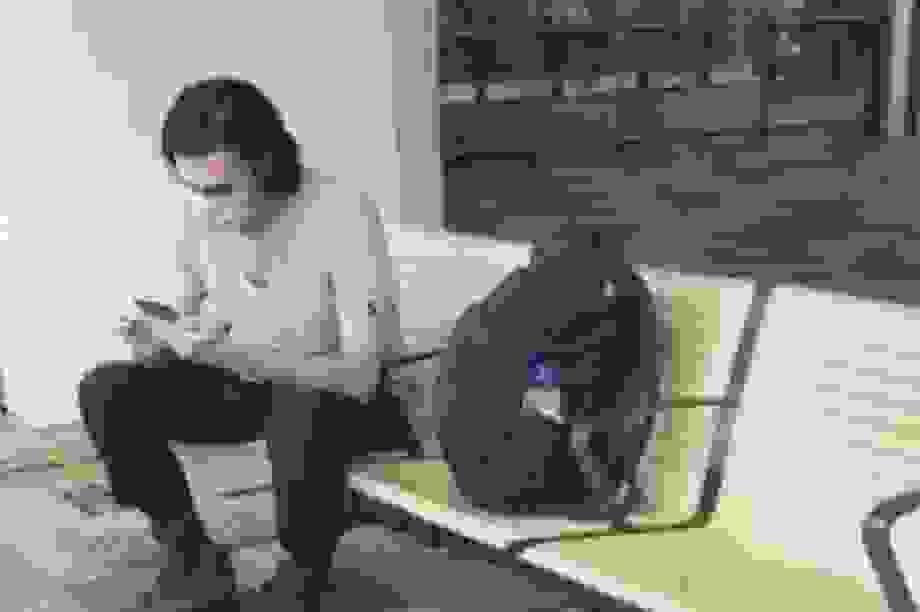 Bay từ Hà Nội ra nước ngoài, du khách mắc kẹt ở sân bay suốt 54 ngày