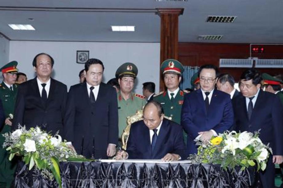Thủ tướng Nguyễn Xuân Phúcdự Quốc tang Đại tướng Lào Sisavath Keobounphanh