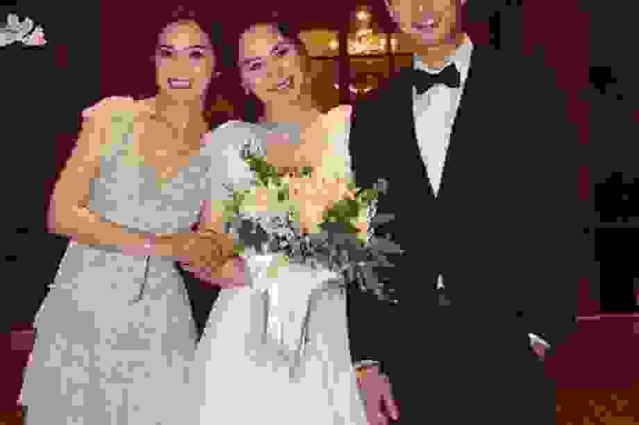 Hậu ly hôn: Chồng cũ tuyệt tình, Chung Hân Đồng vẫn giữ ảnh cưới