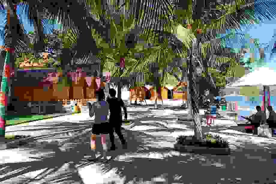 """Các resort đồng loạt giảm giá phòng để hút khách """"hậu Covid-19"""""""