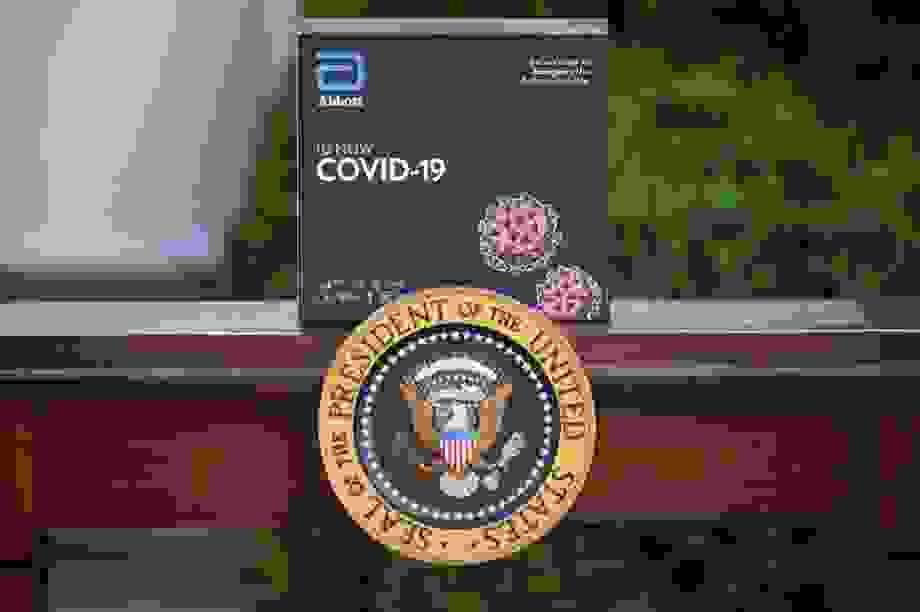 Nghi vấn bộ xét nghiệm Covid-19 dùng trong Nhà Trắng không chính xác
