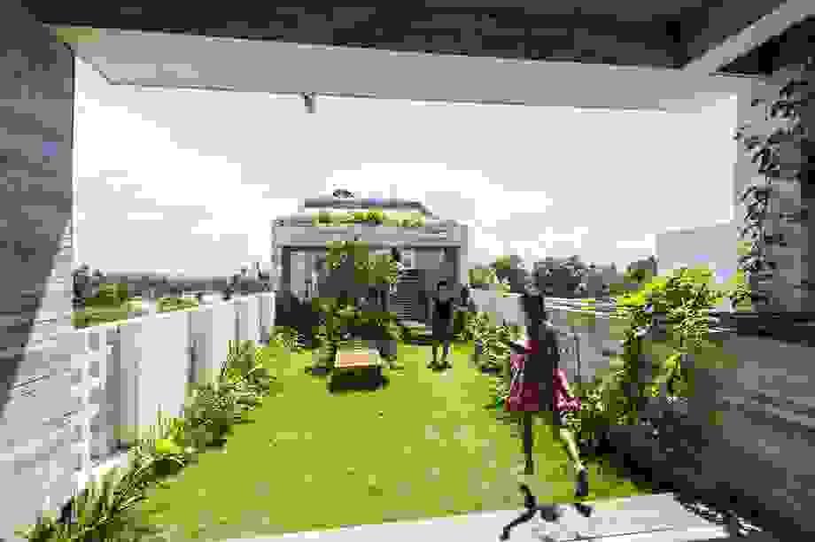 Ngỡ ngàng biệt thự ở Đà Nẵng xây cả công viên tuyệt đẹp trên sân thượng