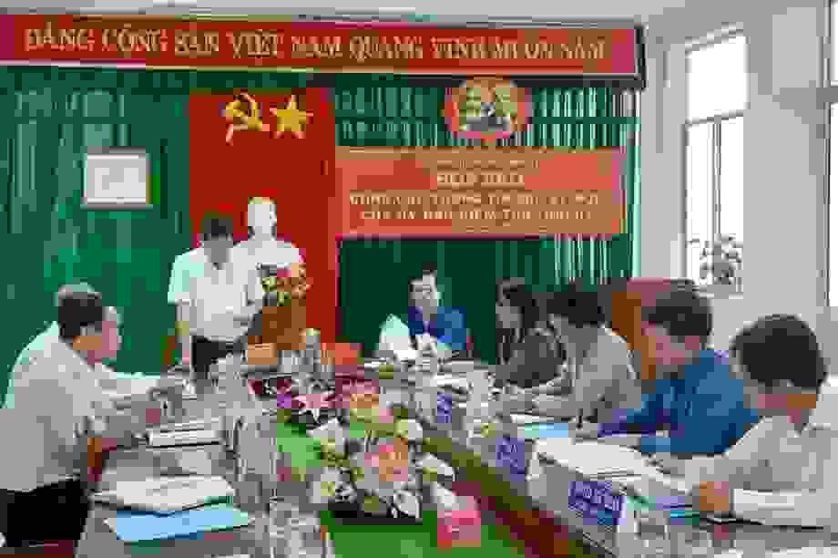 Cách tất cả chức vụ trong Đảng với Chủ tịch Hội chữ thập đỏ Vĩnh Long