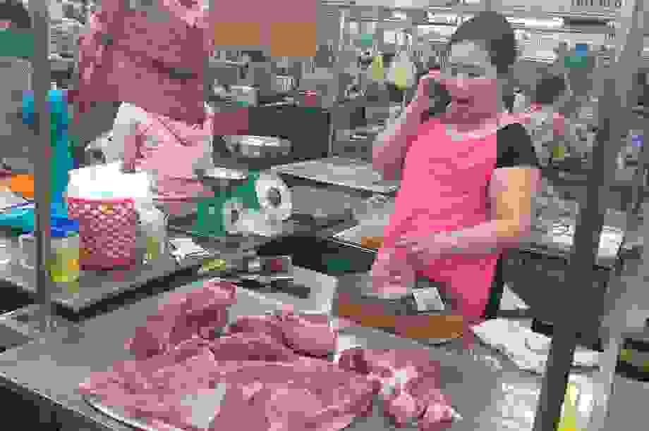 Dân Đà Nẵng không chuộng thịt heo nhập, giá tại chợ vẫn neo ở mức rất cao