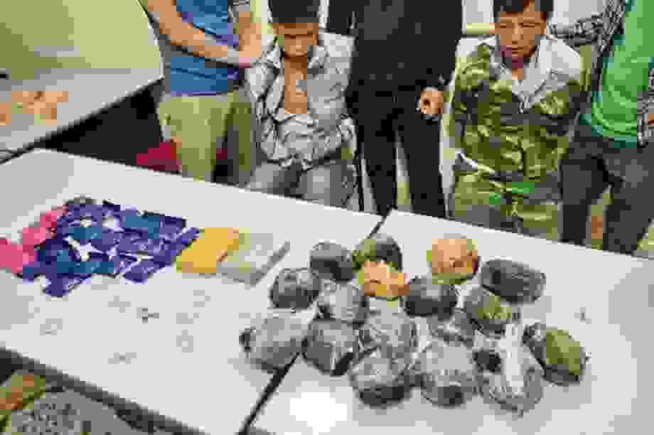 Bắt giữ nhóm đối tượng vận chuyển hơn 11 kg ma túy