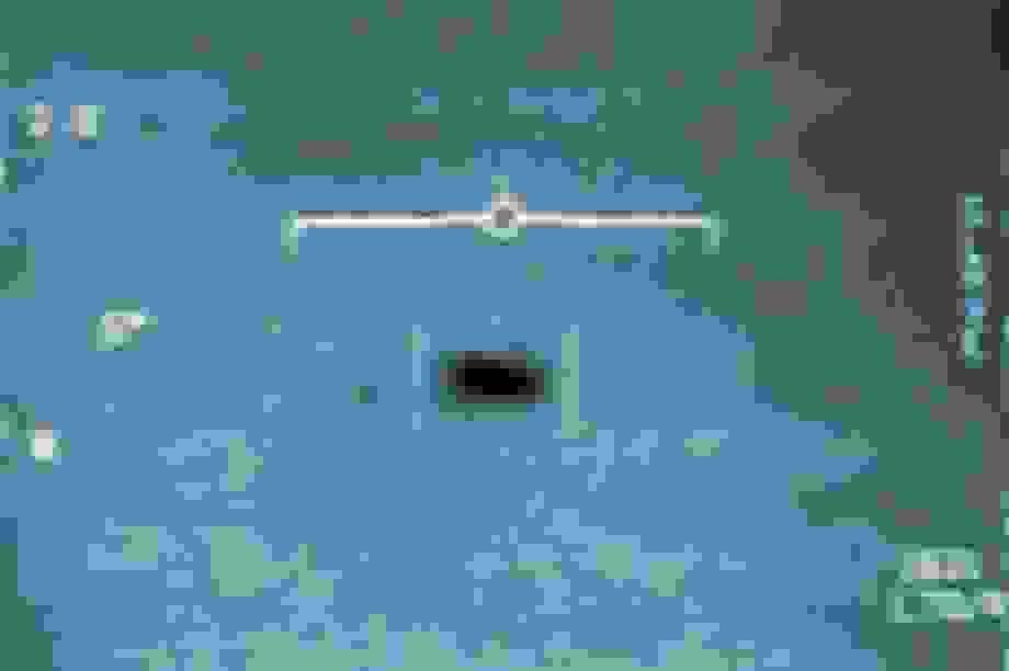 Bác sĩ hải quân tuyên bố còn có video UFO dài hơn của Lầu Năm Góc