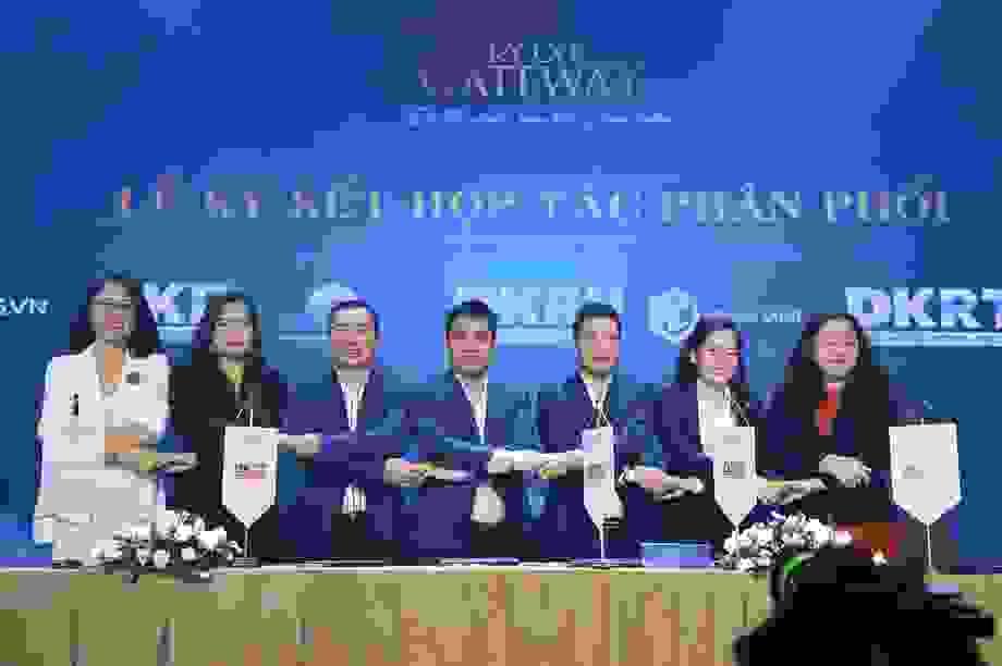 Tập đoàn Danh Khôi ký kết hợp tác với ngân hàng, đại lý chiến lược triển khai Kỳ Co Gateway