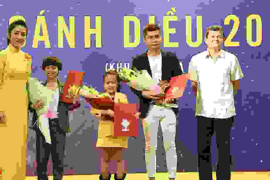 Hy hữu: Ban tổ chức Cánh diều 2019 trao nhầm giải Diễn viên triển vọng