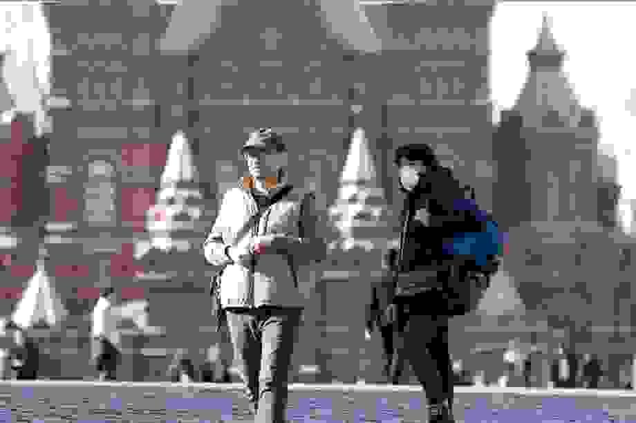 """Covid-19 """"phủ sóng"""" khắp lãnh thổ của Nga"""