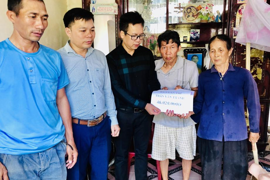 Bạn đọc Dân trí giúp đỡ 2 hoàn cảnh khó khăn tại Nghệ An hơn 120 triệu đồng