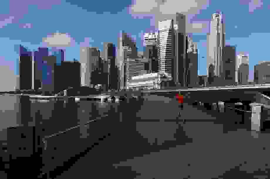 """Singapore lần thứ 3 giảm mục tiêu tăng trưởng kinh tế vì """"bão"""" Covid-19"""