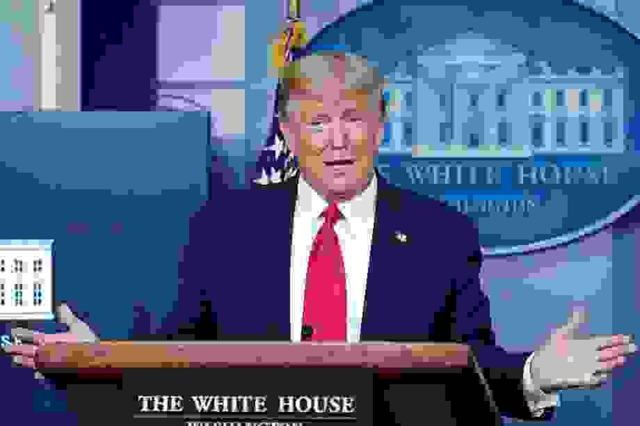 Tổng thống Trump góp toàn bộ tiền lương chống dịch Covid-19