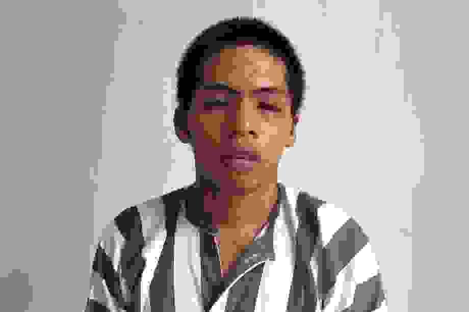 Nam thanh niên xách dao đuổi chém cả xóm, nghi đâm chết 1 người