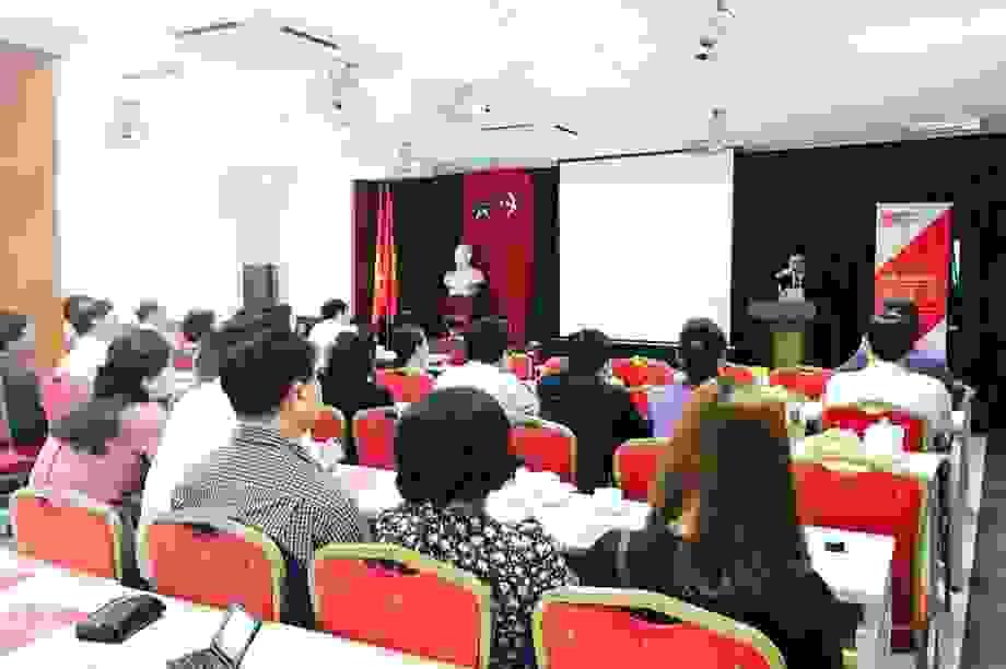 HV Chính sách và Phát triển hợp tác đào tạo với ĐH Middlesex University