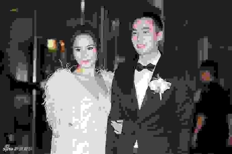 Hậu ly hôn, chồng cũ Chung Hân Đồng mở tiệc độc thân