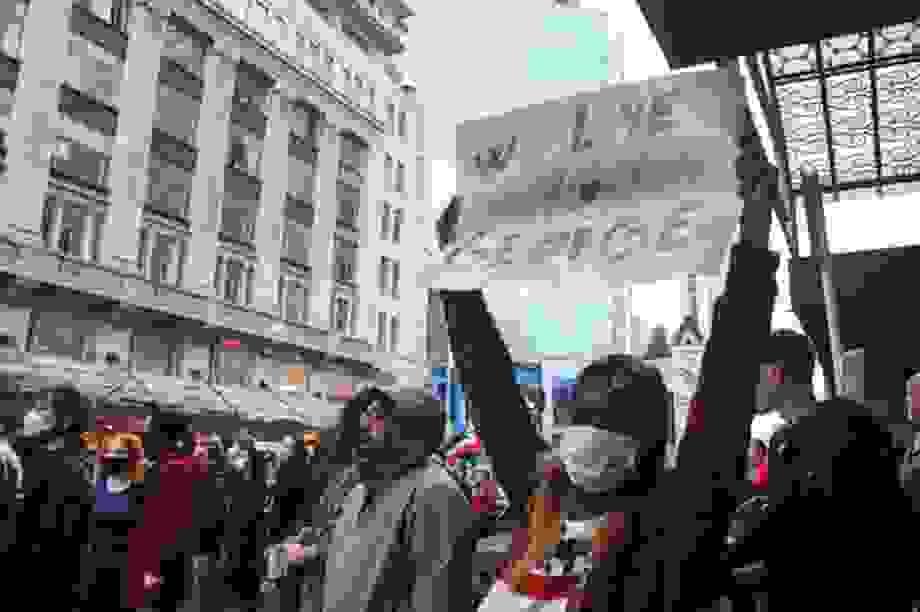 Làn sóng biểu tình tại Mỹ lan ra khắp thế giới