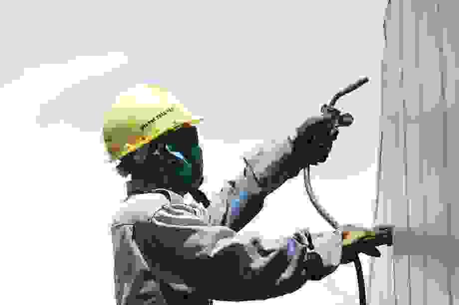 Bình Dương: Khoảng 150.000 lao động mất việc nếu dịch Covid-19 lan rộng